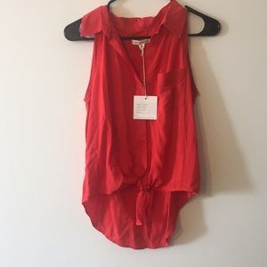 NWT beachlunchlounge Women's Small red hi-low tank